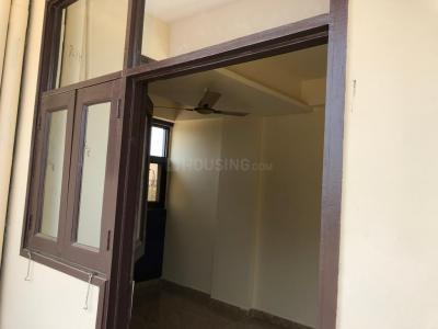 Gallery Cover Image of 807 Sq.ft 2 BHK Independent House for rent in Phase 2 for 7000