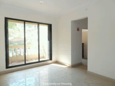 Gallery Cover Image of 675 Sq.ft 1 BHK Apartment for buy in Kalyan West for 3600000