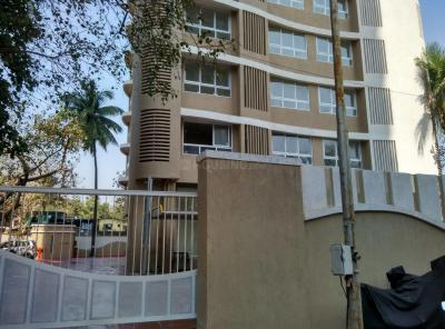 Gallery Cover Image of 810 Sq.ft 2 BHK Apartment for rent in Marshal Srishti, Bhandup West for 26000
