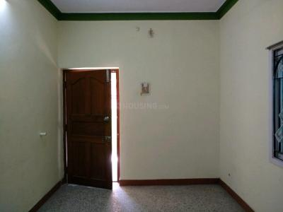 Gallery Cover Image of 1200 Sq.ft 1 BHK Independent House for buy in Kolathur for 7500000