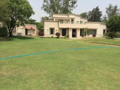 Gallery Cover Image of 125888 Sq.ft 6 BHK Villa for rent in Fatehpur Beri for 500000