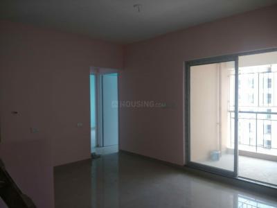 Gallery Cover Image of 950 Sq.ft 3 BHK Apartment for rent in Shapoorji Pallonji Shukhobrishti Spriha Phase 7, New Town for 14000