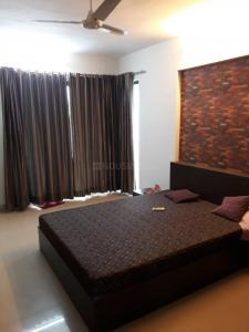 Gallery Cover Image of 2000 Sq.ft 3 BHK Apartment for rent in Andheri West for 90000