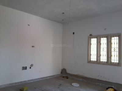 Gallery Cover Image of 940 Sq.ft 2 BHK Apartment for buy in Kolathur for 5200000