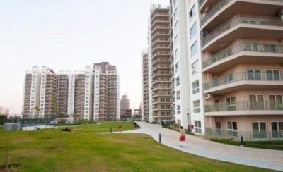 Gallery Cover Image of 1720 Sq.ft 2 BHK Apartment for buy in Spaze Privy, Sector 72 for 12000000