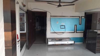 Gallery Cover Image of 960 Sq.ft 2 BHK Apartment for rent in Malad West for 42000