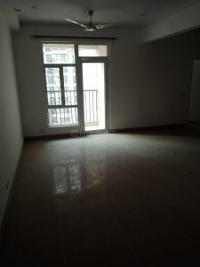 Gallery Cover Image of 1521 Sq.ft 3 BHK Apartment for rent in Noida Extension for 9000