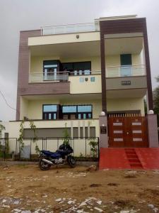 8 BHK Villa
