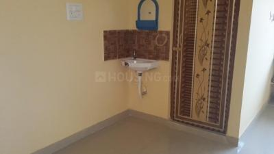 Gallery Cover Image of 850 Sq.ft 2 BHK Apartment for rent in Sinthi for 12000