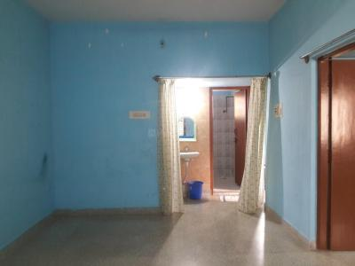 Gallery Cover Image of 700 Sq.ft 2 BHK Apartment for rent in Sri Venkateswara Nilaya, Kartik Nagar for 16000