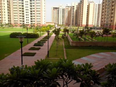 Gallery Cover Image of 1950 Sq.ft 3 BHK Apartment for rent in Chi III Greater Noida for 13500