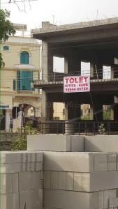 Gallery Cover Image of 2000 Sq.ft 2 BHK Apartment for rent in Chengalpattu for 40000