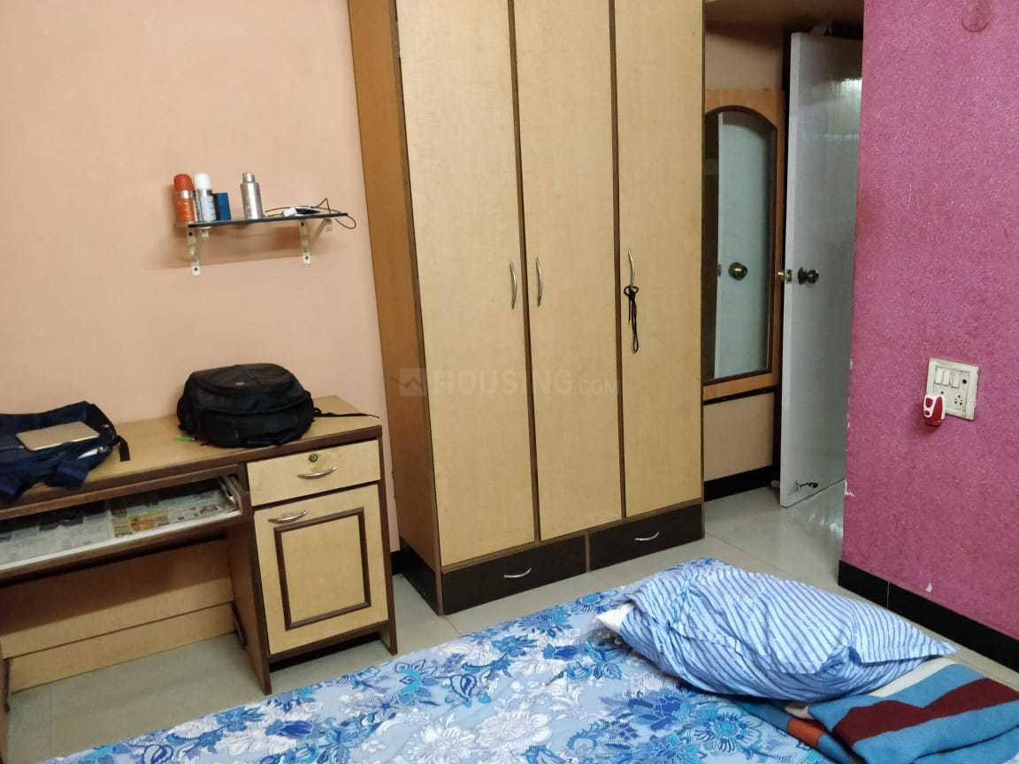 Bedroom Image of 621 Sq.ft 1 BHK Apartment for rent in Vile Parle West for 37000