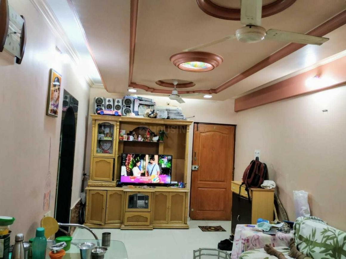 Living Room Image of 1050 Sq.ft 2 BHK Apartment for rent in Parel for 60000