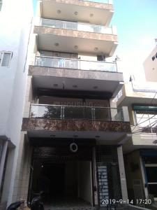 Gallery Cover Image of 120 Sq.ft 1 RK Independent Floor for rent in Sector 7 Rohini for 6000