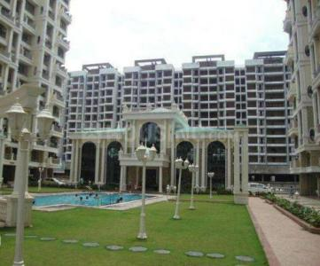 Gallery Cover Image of 1110 Sq.ft 2 BHK Apartment for buy in Tharwani Rosewood, Kharghar for 12500000
