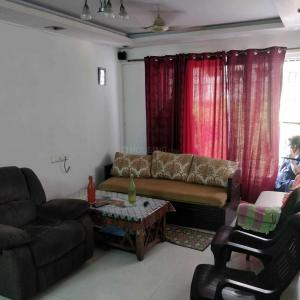 Gallery Cover Image of 1560 Sq.ft 3 BHK Apartment for rent in Goregaon East for 60000
