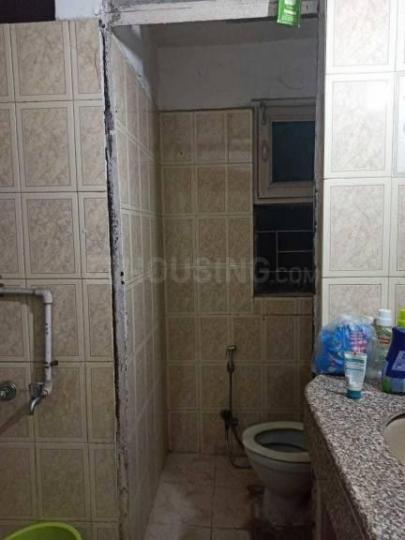 मगोन नेस्ट इन मयूर विहार फेज 1 के कॉमन बाथरूम की तस्वीर