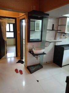 Gallery Cover Image of 1000 Sq.ft 2 BHK Apartment for rent in Malad West for 40000