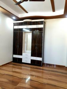 Gallery Cover Image of 900 Sq.ft 2 BHK Apartment for buy in Shastri Nagar for 1985000