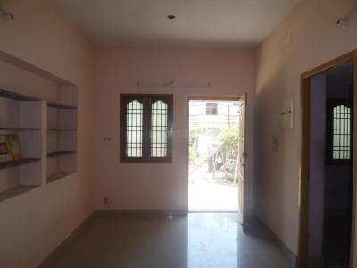 Gallery Cover Image of 450 Sq.ft 1 BHK Apartment for rent in Sholinganallur for 10000