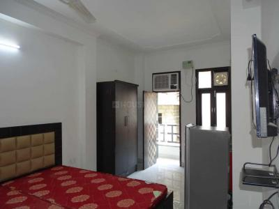 Gallery Cover Image of 400 Sq.ft 1 RK Independent Floor for rent in Sushant Lok I for 15000