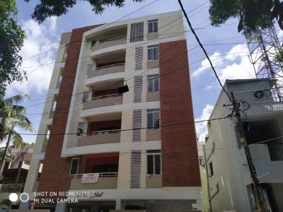 Gallery Cover Image of 1690 Sq.ft 3 BHK Apartment for buy in Kalyan Nagar for 10200000