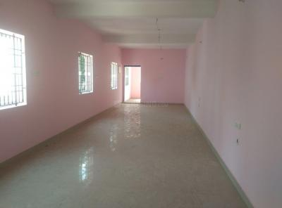 Gallery Cover Image of 780 Sq.ft 2 BHK Apartment for rent in Selaiyur for 20000