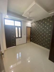 Gallery Cover Image of 900 Sq.ft 2 BHK Independent Floor for buy in Sector 105 for 2350000