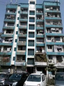 Gallery Cover Image of 351 Sq.ft 1 BHK Apartment for rent in Kurla West for 20000