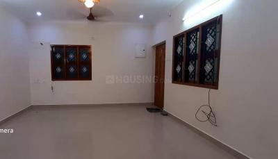 Gallery Cover Image of 950 Sq.ft 2 BHK Apartment for rent in Adambakkam for 17000