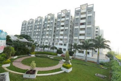 Gallery Cover Image of 1895 Sq.ft 3 BHK Apartment for buy in Modi Emerald Park 2, Pocharam for 7200000