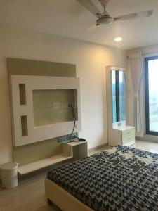 Bedroom Image of 1250 Sq.ft 3 BHK Apartment for rent in Rustomjee Oriana, Bandra East for 200000