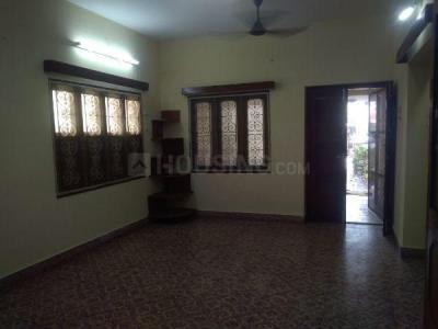 Gallery Cover Image of 1300 Sq.ft 3 BHK Independent House for rent in Nanganallur for 25000