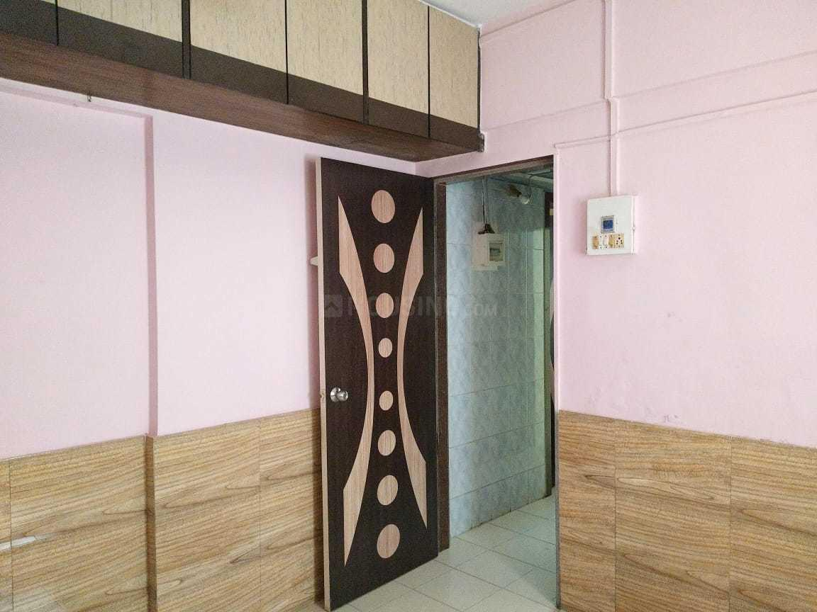 Living Room Image of 550 Sq.ft 1 BHK Apartment for rent in Jogeshwari East for 25000