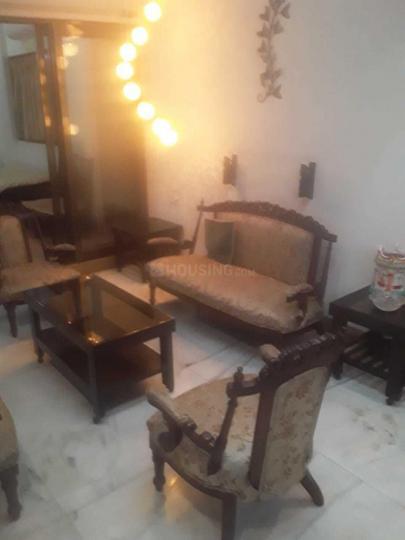 ठाणे वेस्ट में निर्मल इस्टेट पीजी में लिविंग रूम की तस्वीर