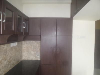 Kitchen Image of 900 Sq.ft 2 BHK Apartment for rent in Velachery for 18000