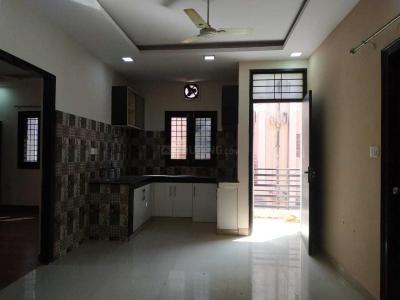 Gallery Cover Image of 950 Sq.ft 2 BHK Apartment for rent in Sarita Vihar for 26000