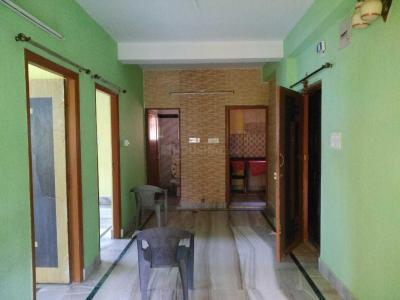Gallery Cover Image of 900 Sq.ft 2 BHK Apartment for rent in Behala for 12000