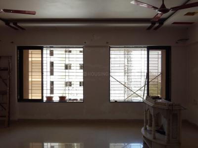 Gallery Cover Image of 1600 Sq.ft 3 BHK Apartment for rent in Malad East for 45000