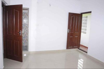 Gallery Cover Image of 862 Sq.ft 2 BHK Apartment for buy in Kalepully for 2800000