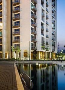 Gallery Cover Image of 2550 Sq.ft 3 BHK Apartment for rent in Sector 72 for 45000