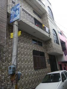 Gallery Cover Image of 1250 Sq.ft 4 BHK Independent House for buy in Sector 52 for 4500000