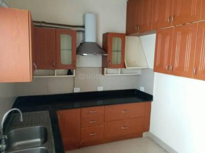 Gallery Cover Image of 1500 Sq.ft 3 BHK Apartment for rent in Puravankara Purva Fountain Square, Marathahalli for 38000