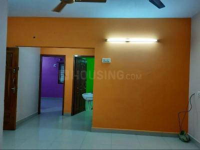 Gallery Cover Image of 970 Sq.ft 2 BHK Apartment for rent in Ramapuram for 15000