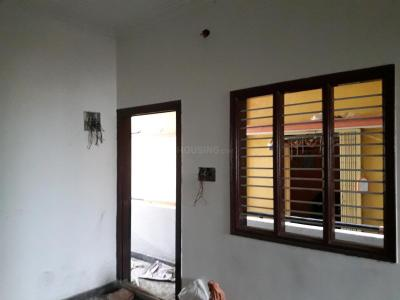 Gallery Cover Image of 600 Sq.ft 2 BHK Independent Floor for rent in State Bank Of India Colony for 14000