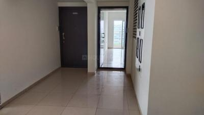 Gallery Cover Image of 950 Sq.ft 1 BHK Apartment for rent in Godrej United, Whitefield for 30000