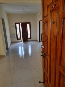 Gallery Cover Image of 1150 Sq.ft 2 BHK Apartment for buy in Sri Lakshmi Flats, Pallikaranai for 6325000