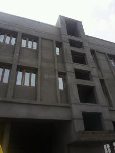 Gallery Cover Image of 810 Sq.ft 2 BHK Apartment for buy in Pallikaranai for 5000000