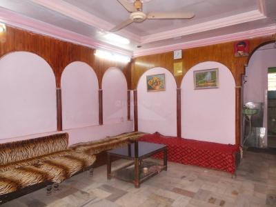 Gallery Cover Image of 2500 Sq.ft 3 BHK Independent House for buy in Kandivali West for 31000000